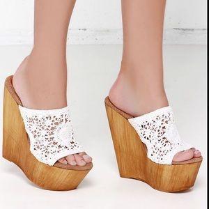 Sbicca Floral Crochet Boho Platform Wedge Heels
